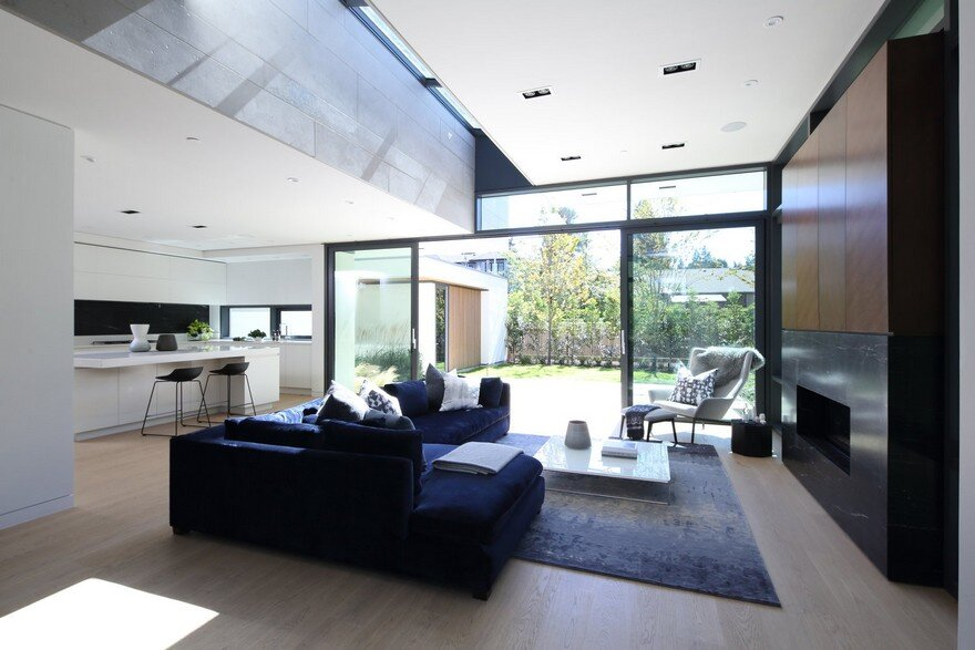 Vancouver House with Ample Garden and Courtyard Spaces 8