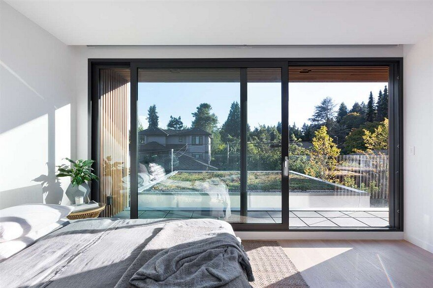 Vancouver House with Ample Garden and Courtyard Spaces 11