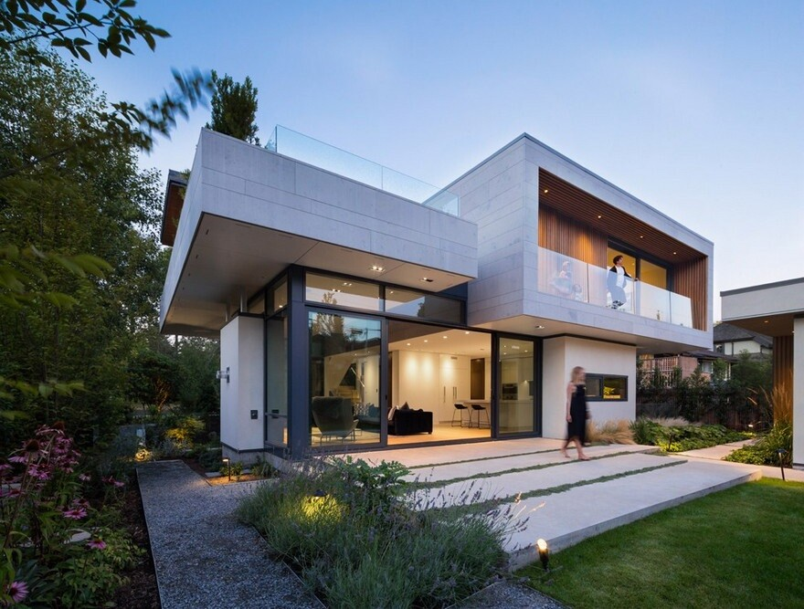 Vancouver House with Ample Garden and Courtyard Spaces