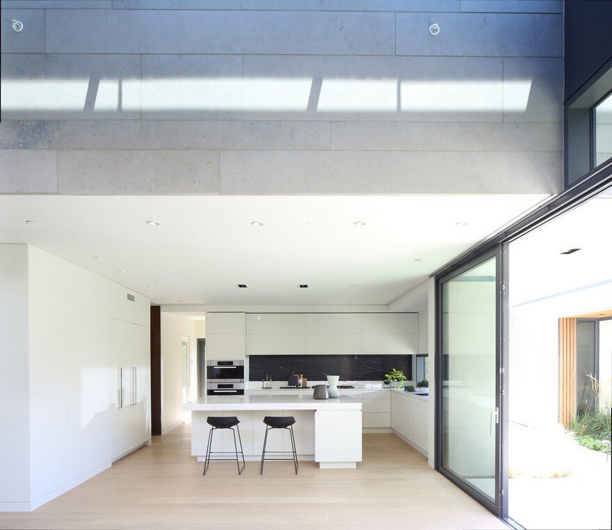 Vancouver House with Ample Garden and Courtyard Spaces 3