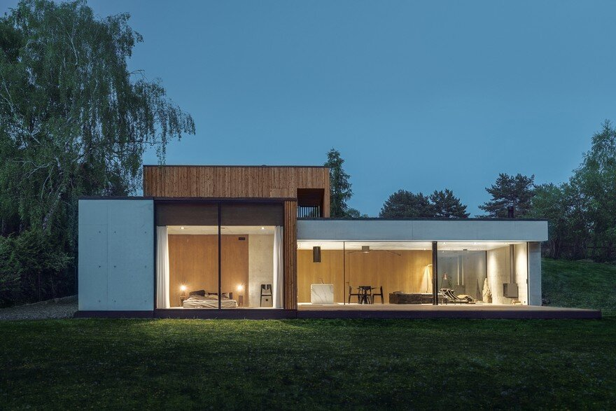 Contemporary Residence With a T-Shaped Floor Plan in Poznan, Poland
