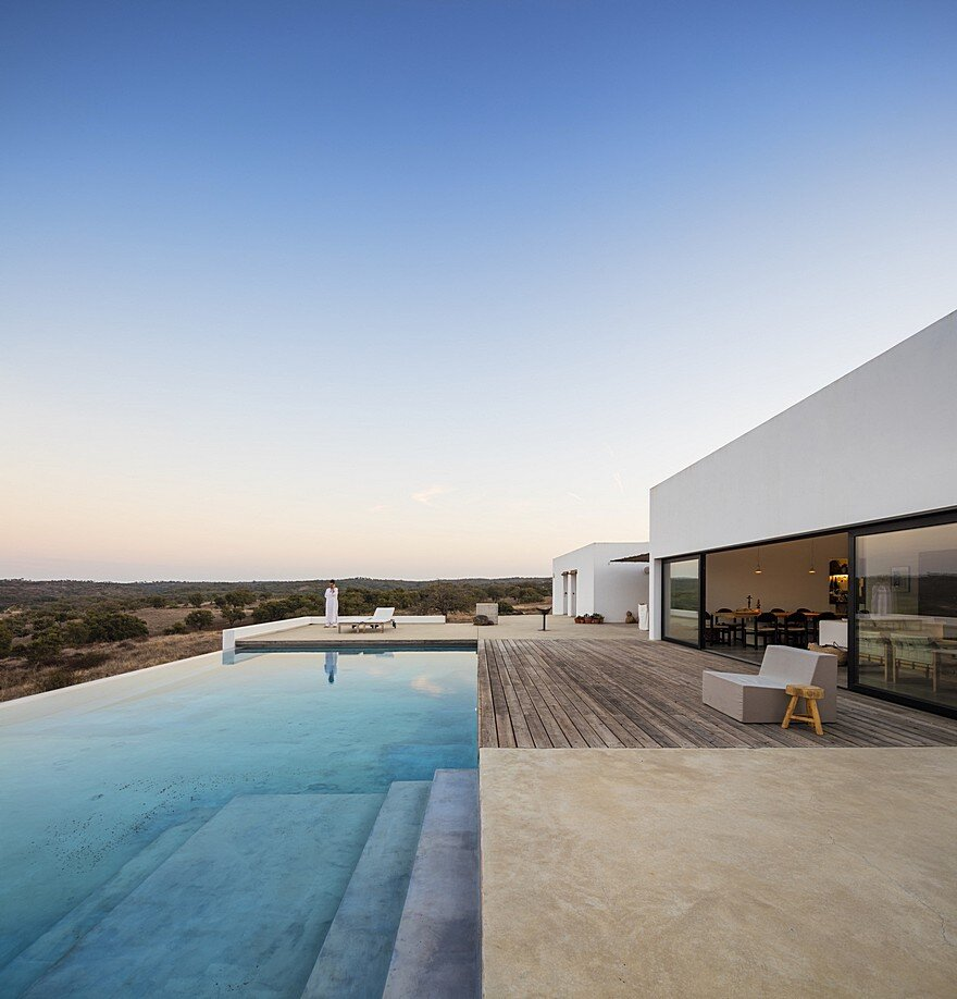 Grandola House Located in a Vast and Arid Landscape of Portugal 2