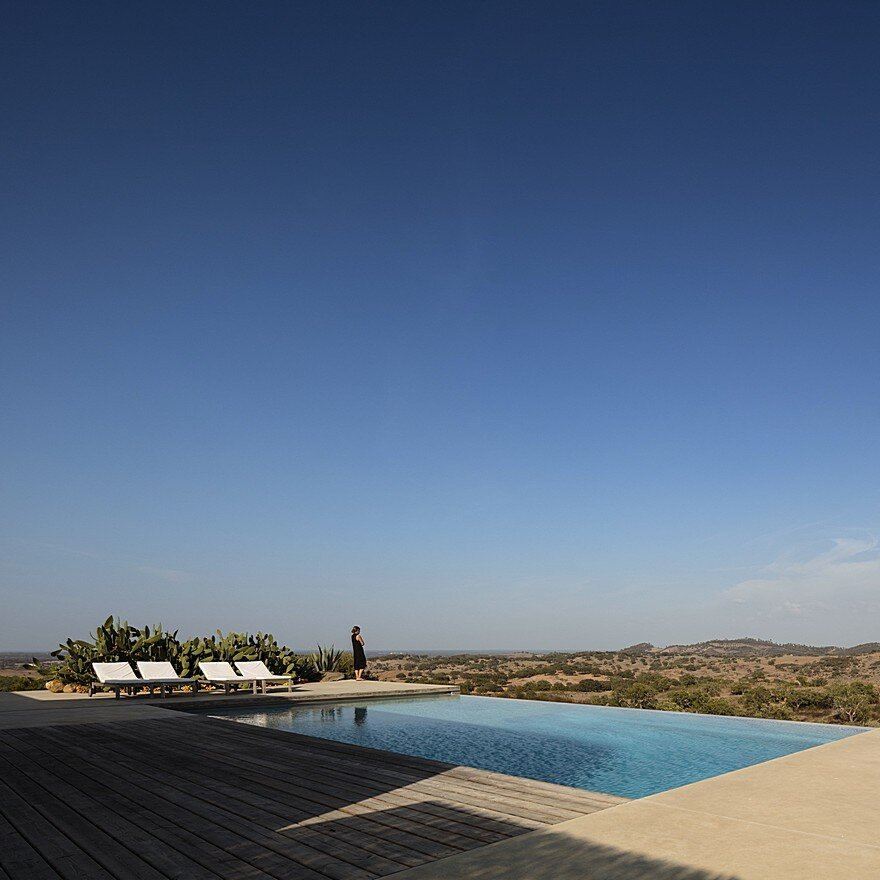 Grandola House Located in a Vast and Arid Landscape of Portugal 16