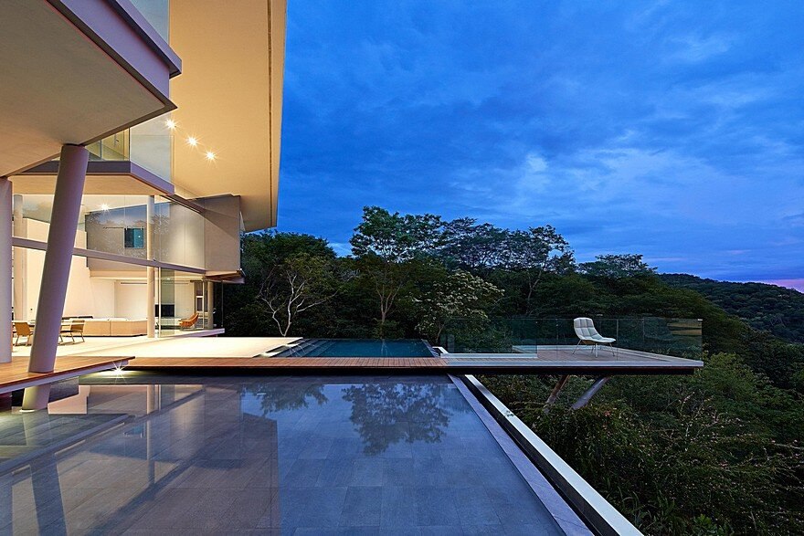 Indios Desnudos Retreat Designed to Enjoy Outdoor Living and the Views