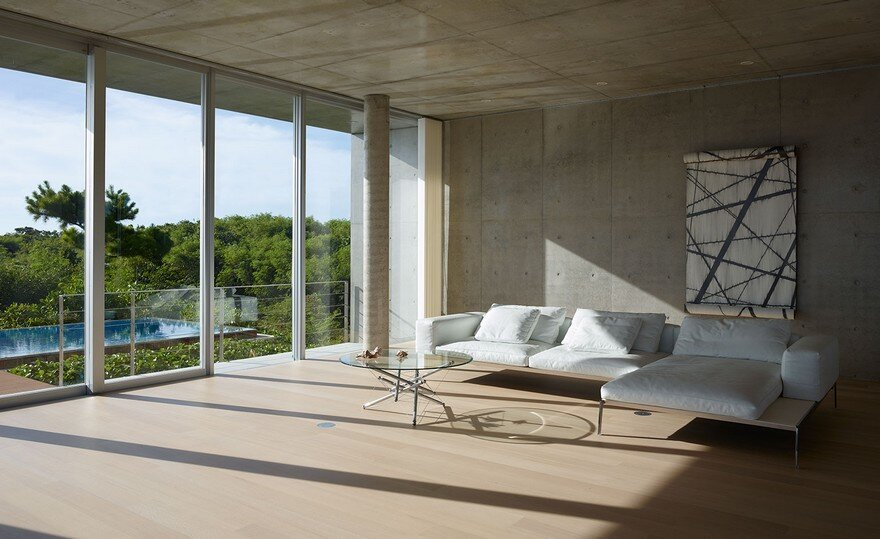 This House Provides a Meditative Retreat with Expansive Views of the East China Sea 6