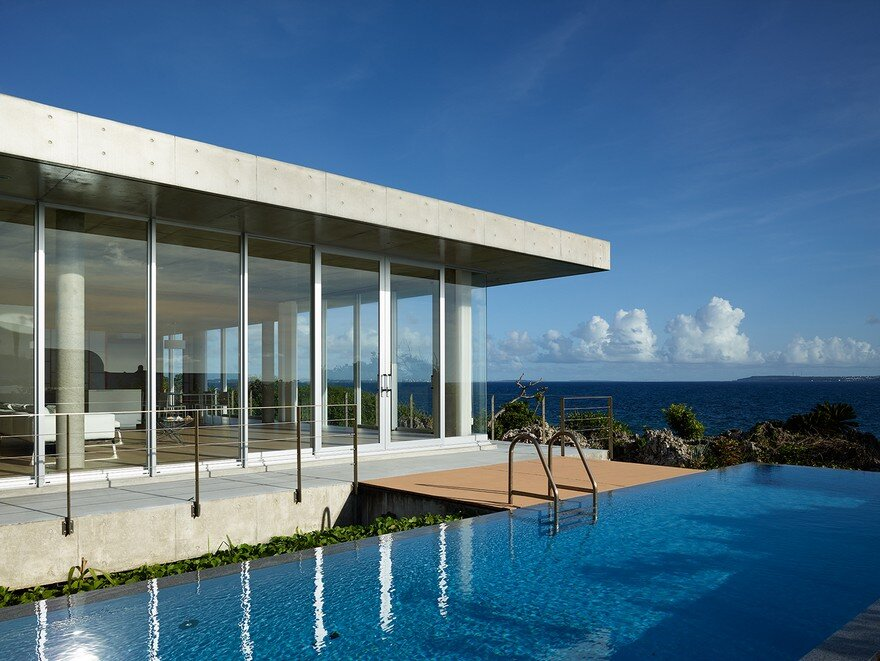 This House Provides a Meditative Retreat with Expansive Views of the East China Sea 8