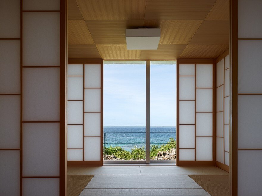 This House Provides a Meditative Retreat with Expansive Views of the East China Sea 3