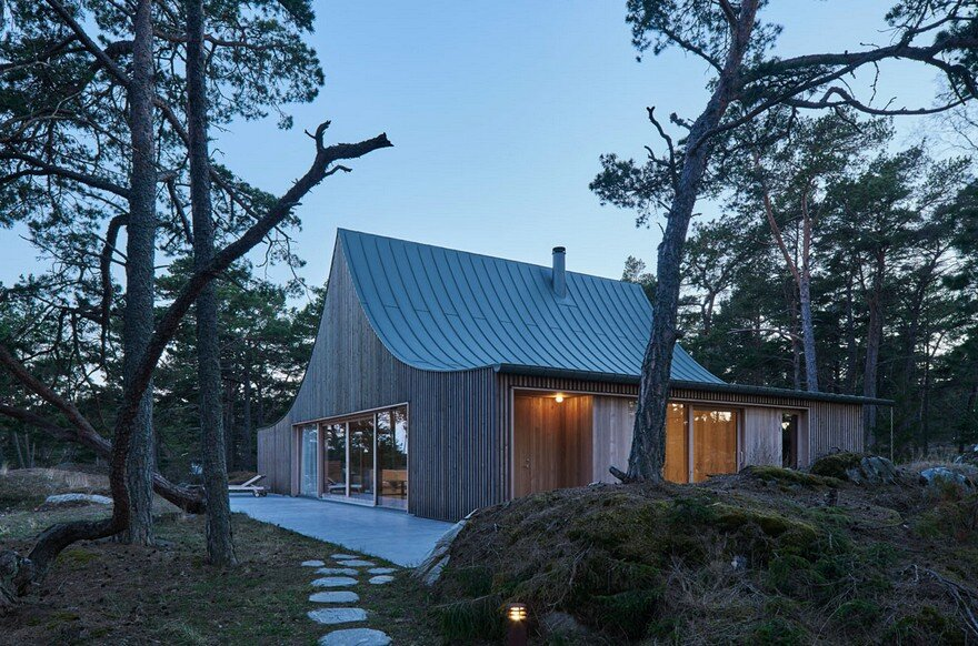 This Scandinavian Wooden House Has a Tent-Like Roof Over a Generous Interior Space