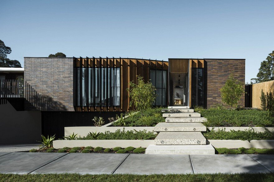 Templestowe House by Figr Architecture is Defined by Harmony and Elegance