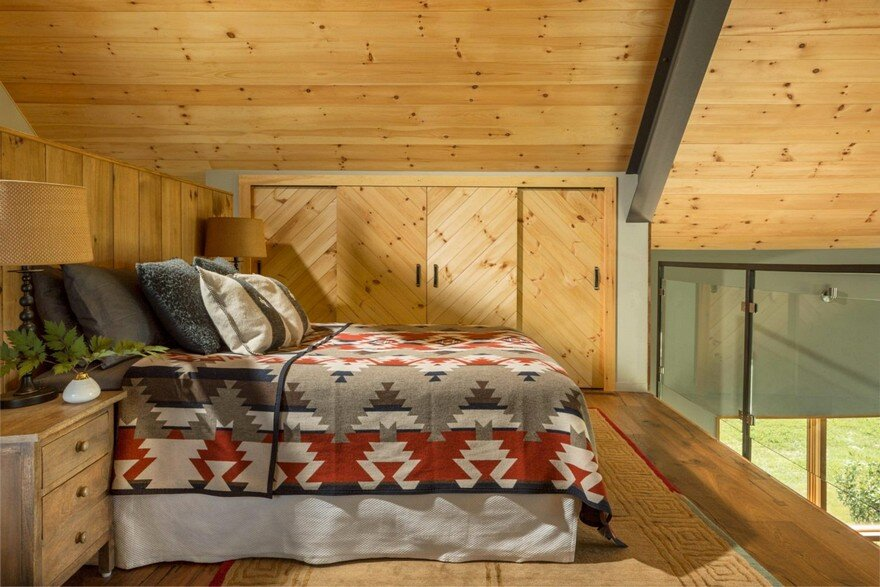 Vermont Modern Barn by Joan Heaton Architects 12