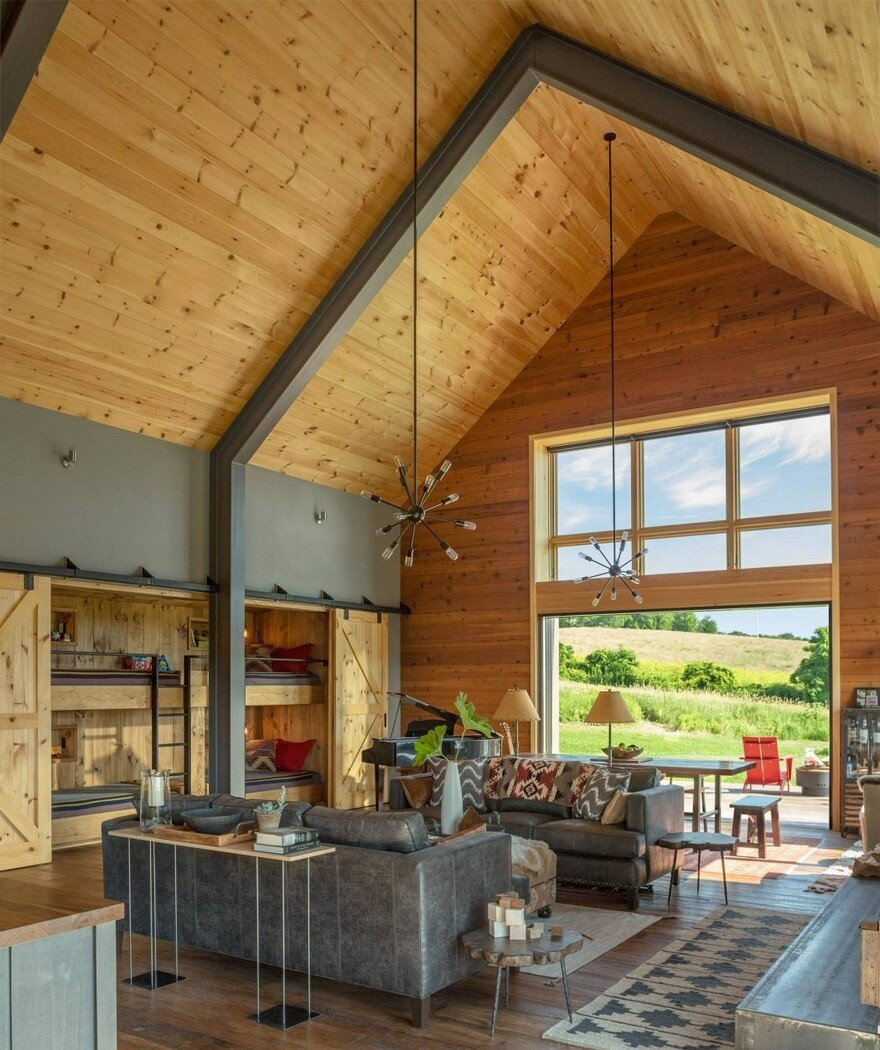 Vermont Modern Barn by Joan Heaton Architects 3