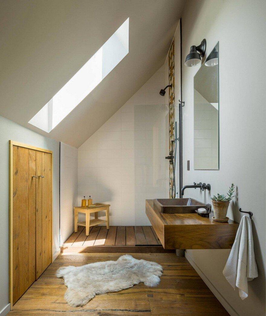 Vermont Modern Barn by Joan Heaton Architects 13