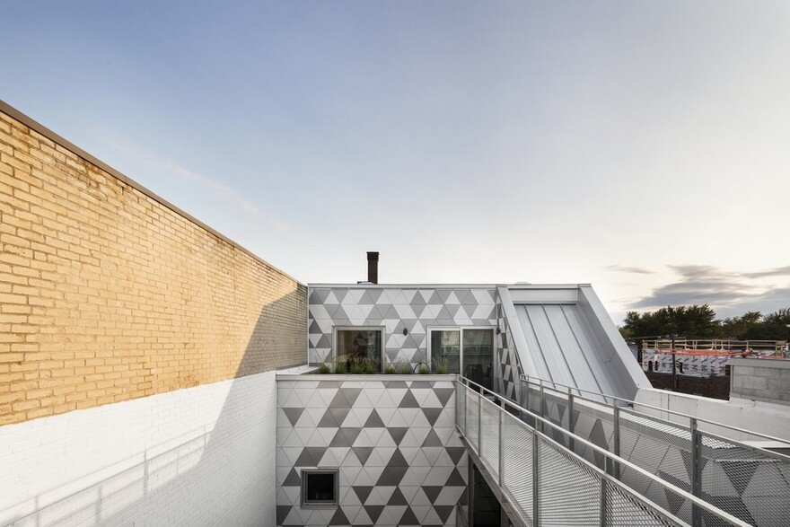 Contemporary Residential Building of Five Housing Units: La Géode by ADHOC Architects 12