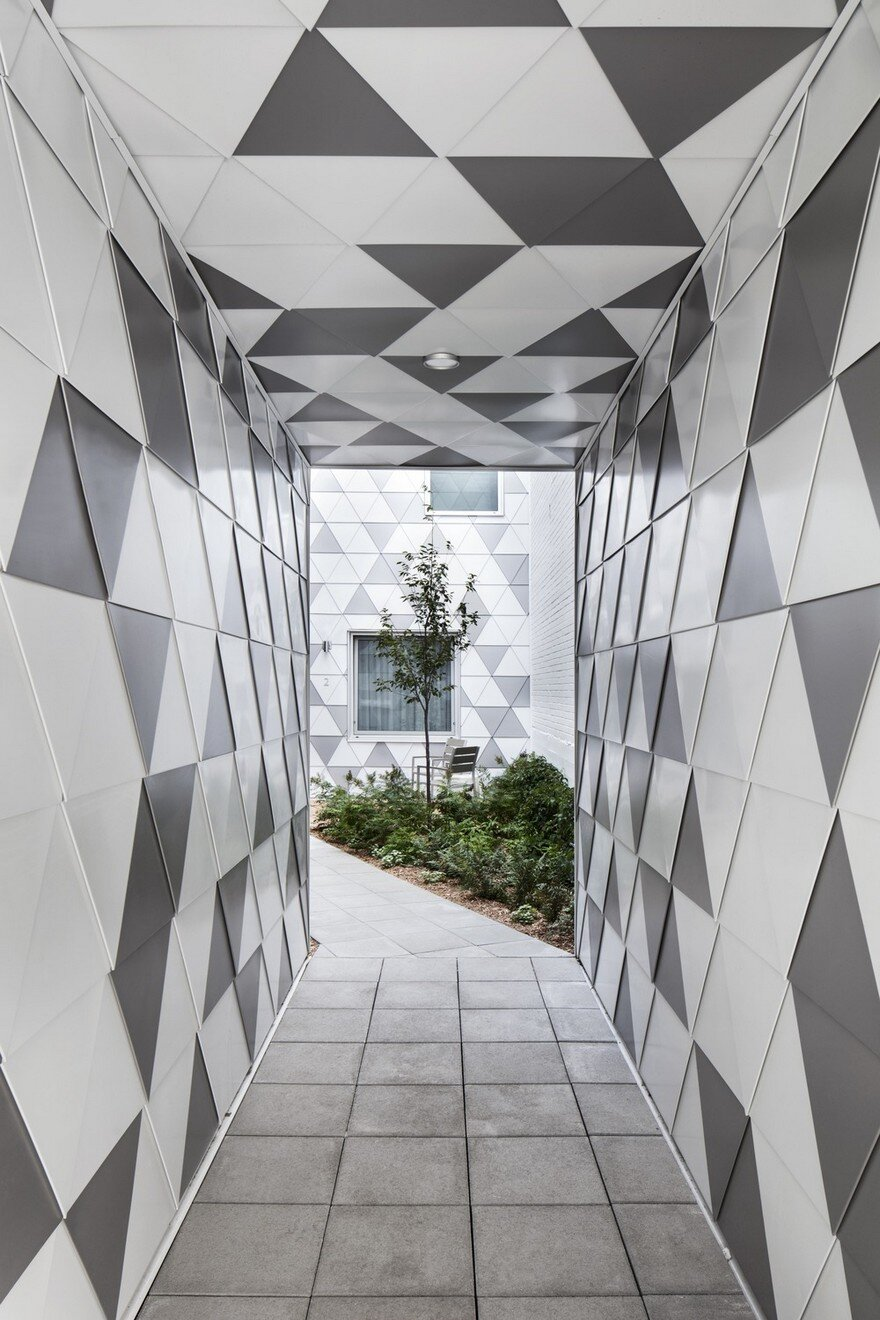 Contemporary Residential Building of Five Housing Units: La Géode by ADHOC Architects 3