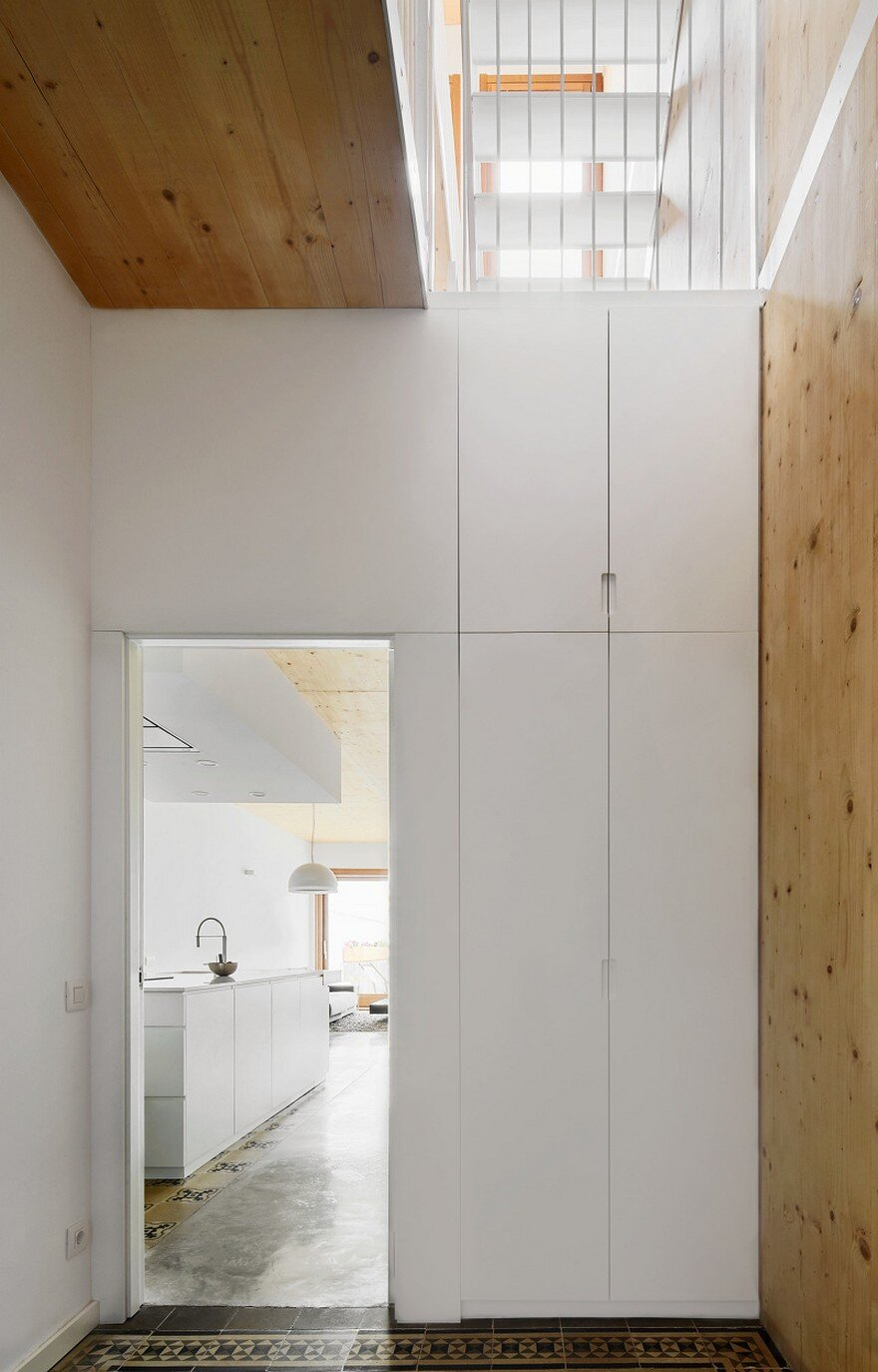 Energy-Efficient Home Built Between Two Dividing Walls in Terrassa, Barcelona 11