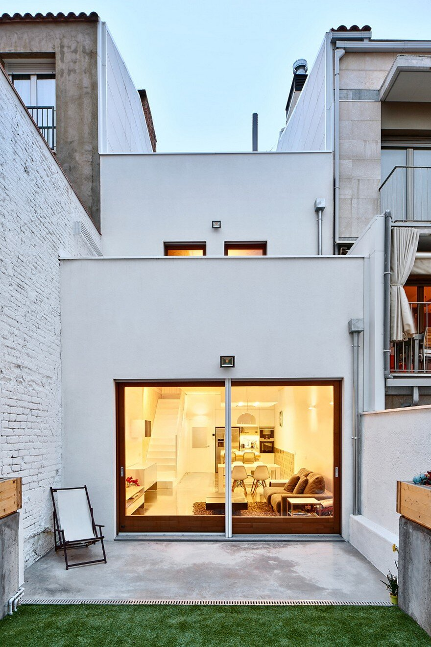Energy-Efficient Home Built Between Two Dividing Walls in Terrassa, Barcelona 14