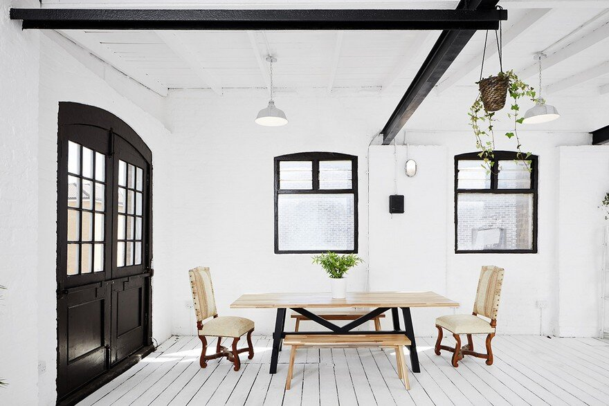 London Studio Apartment Combining Scandinavian and Industrial Design Details 3