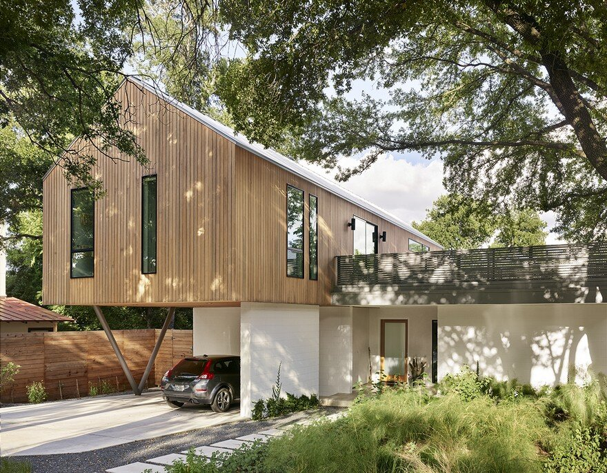 Simple Geometry Shines in Modern Austin Home