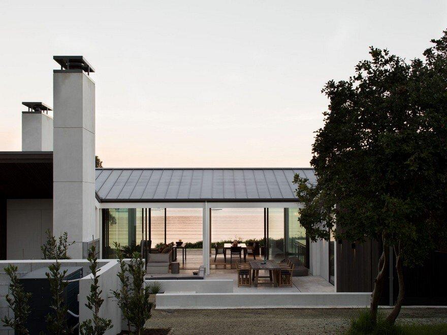 Fantastic 2 Story Coastal Home - Modern-Coastal-Home-11  2018_279727.jpg