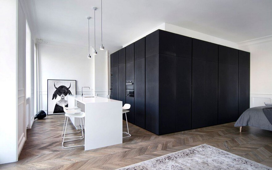 Monochrome Minimalist Apartment With A Magnetic Appeal In