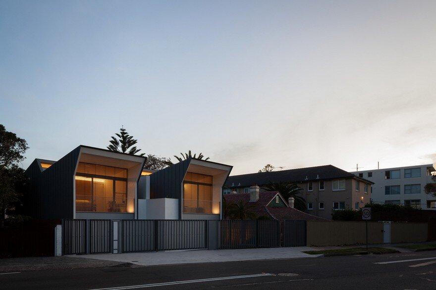 Narrow Beach House in Sydney by Marston Architects 14