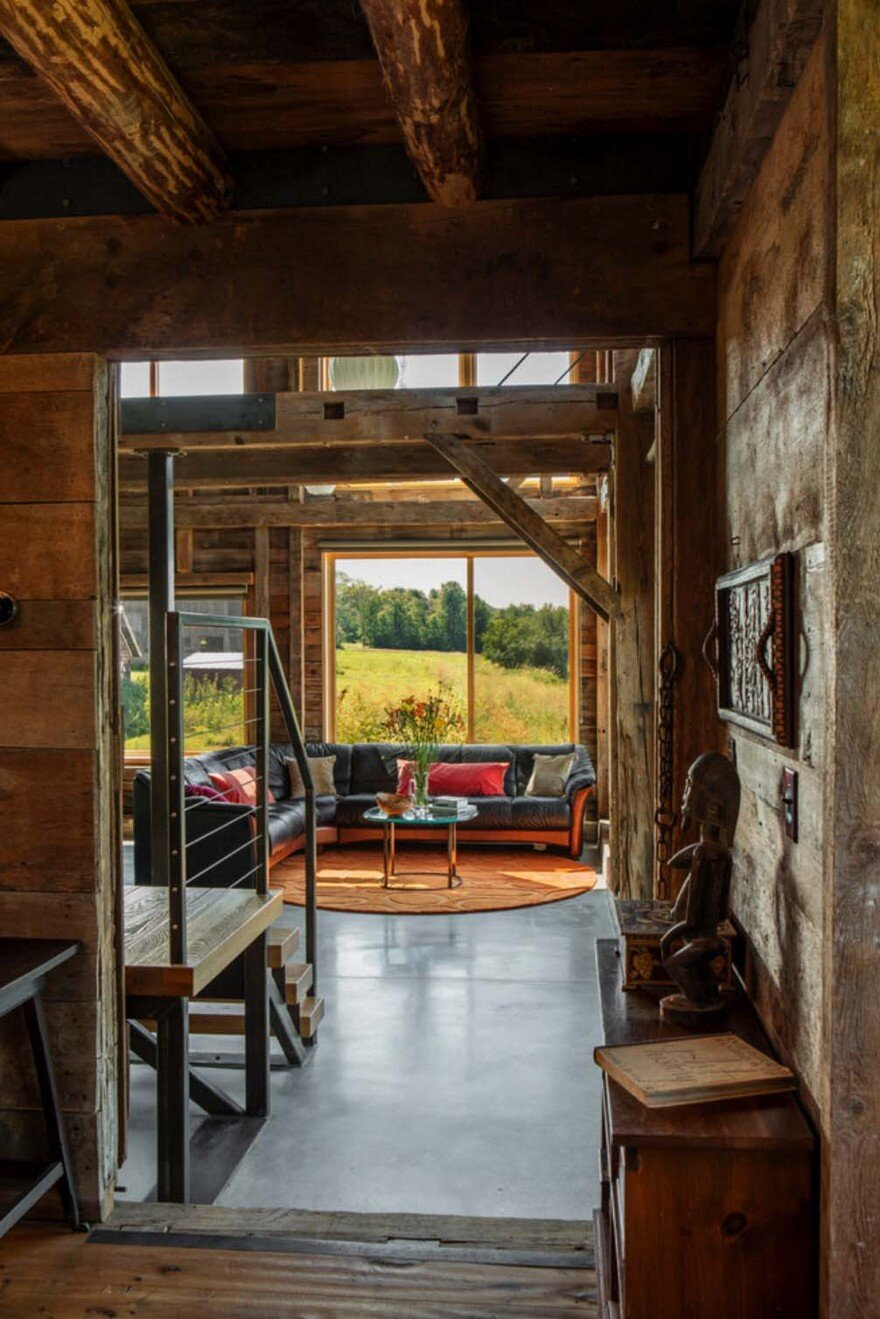 Joan Heaton Translated the Vernacular of a 1788 Vermont Farm into Contemporary Design 6