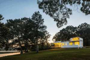 Deep Point Road House by BFDO Architects 19