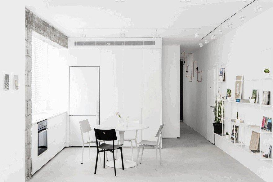 Minimalist Interior Showcased by Black & White Apartment in Tel Aviv 5