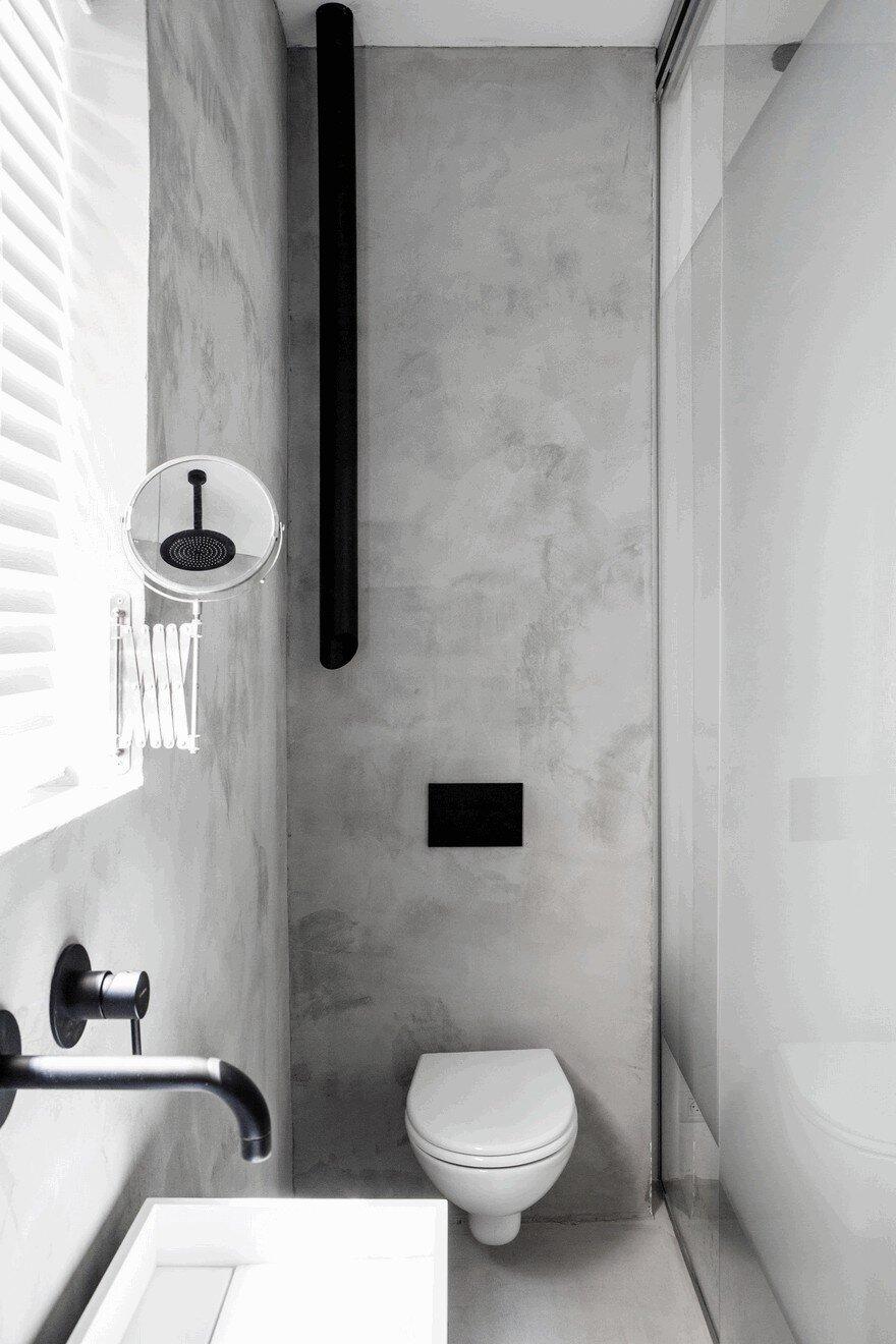 Minimalist Interior Showcased by Black & White Apartment in Tel Aviv 16