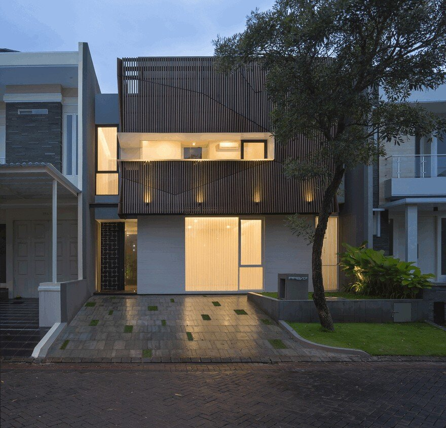 S Residence: Comfortable, Efficient and Practical Indonesian Home