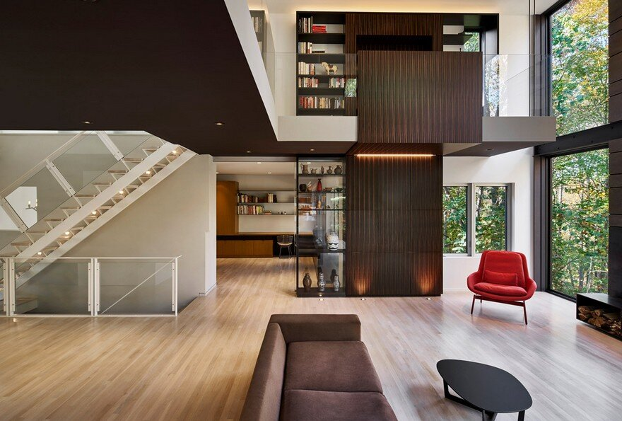Smoky Quartz House by KUBE Architecture