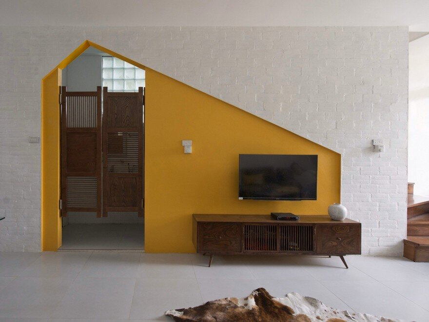 Minimalist Vietnamese Home Adapted to a Long and Narrow Lot 9