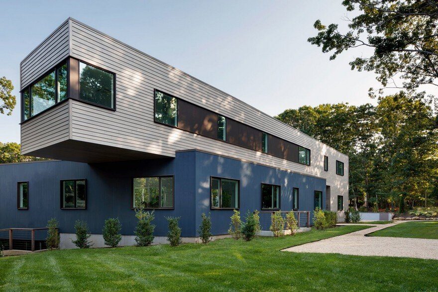 Modern energy efficient house fabricated in pennsylvania for Modern energy efficient homes