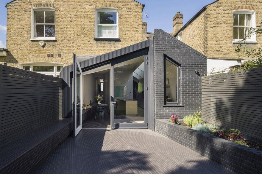 Taper House, Mustard Architects