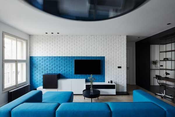 Apartment Reconstruction in Prague / SMLXL Studio
