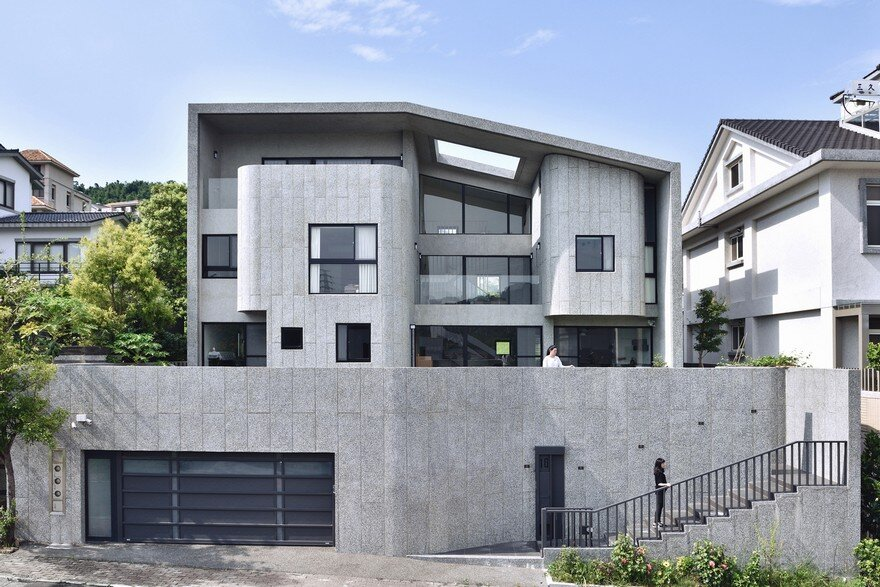 Brutalist Style House In Northern Taiwan Yuan Architects