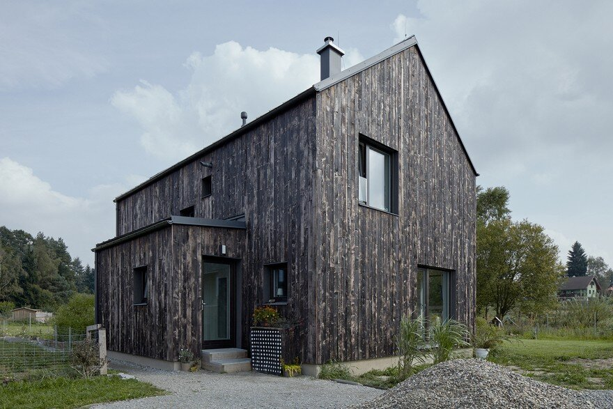 Carbon House Two Storey Rural House With A Burnt Wood