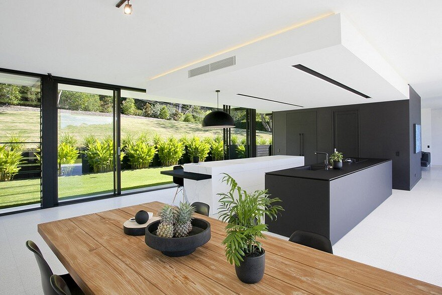 Doonan Glass House / Sarah Waller Architecture on Glass House Design Ideas  id=83810