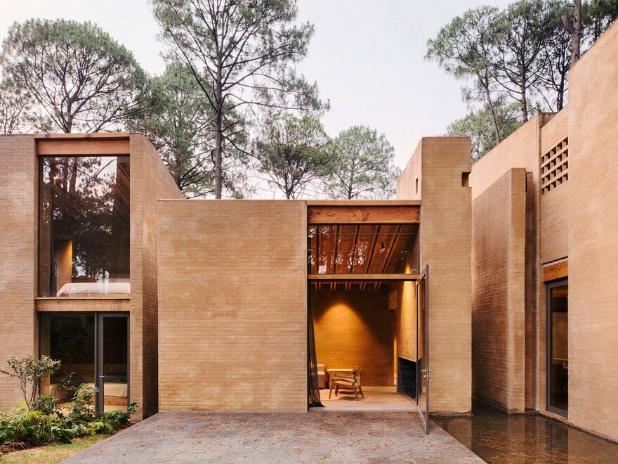 Five Vacation Houses in the Middle of the Forest in Valle de Bravo, Mexico 2