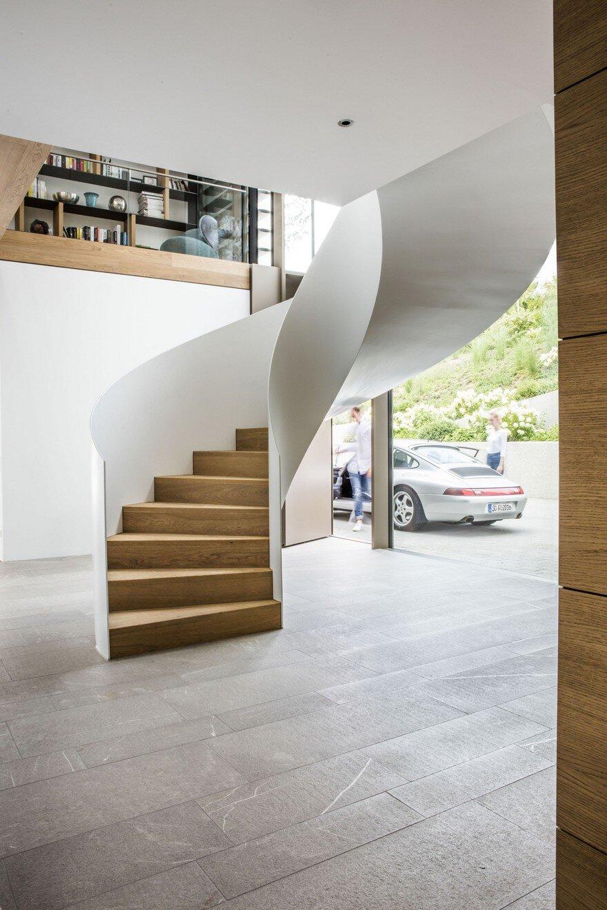Light infused panoramic family home in esslingen germany - Fmb architekten ...