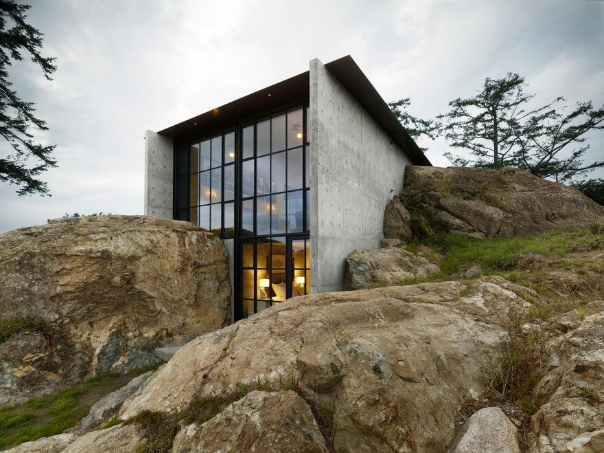 Refuge House Nestled into the Rock