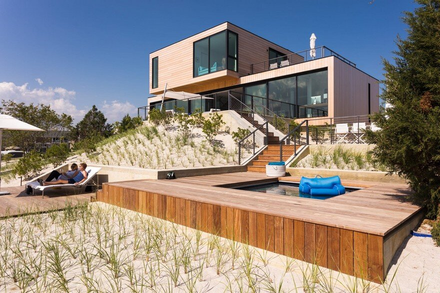 Sea Bright Beach House / Raad Studio