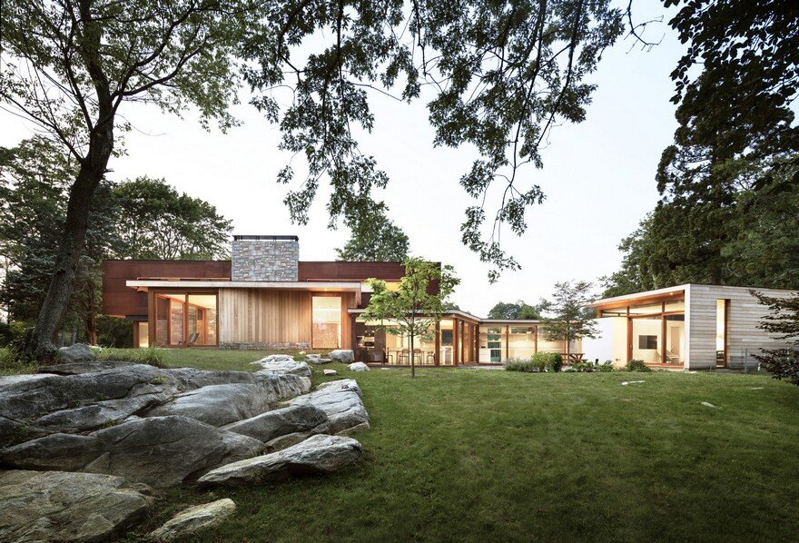 Stonington Residence / Joeb Moore & Partners