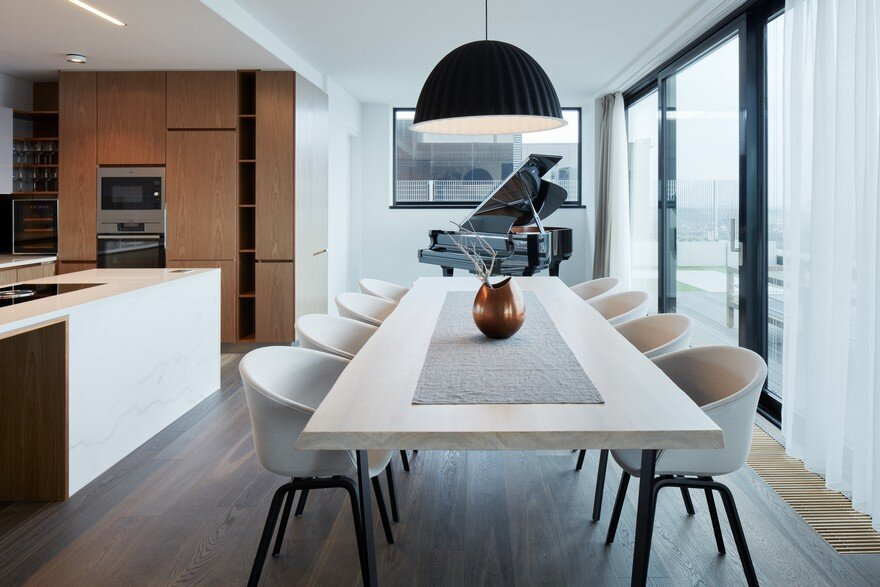 Stylish Penthouse Offering Panoramic Views Over Prague 3