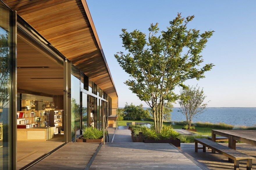 Waterfront Modern Retreat Overlooking Peconic Bay in the Hamptons