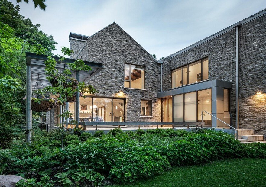Cobourg House on the shore of Lake Ontario, Trevor Horne Architects