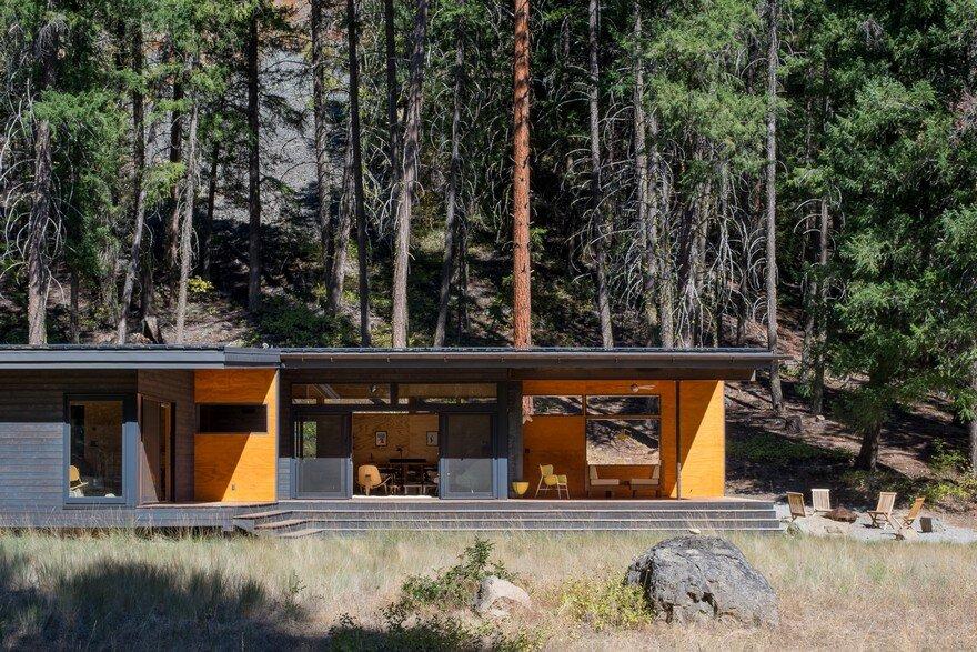 Modern Mountain Cabin Methow Valley Prentiss Balance