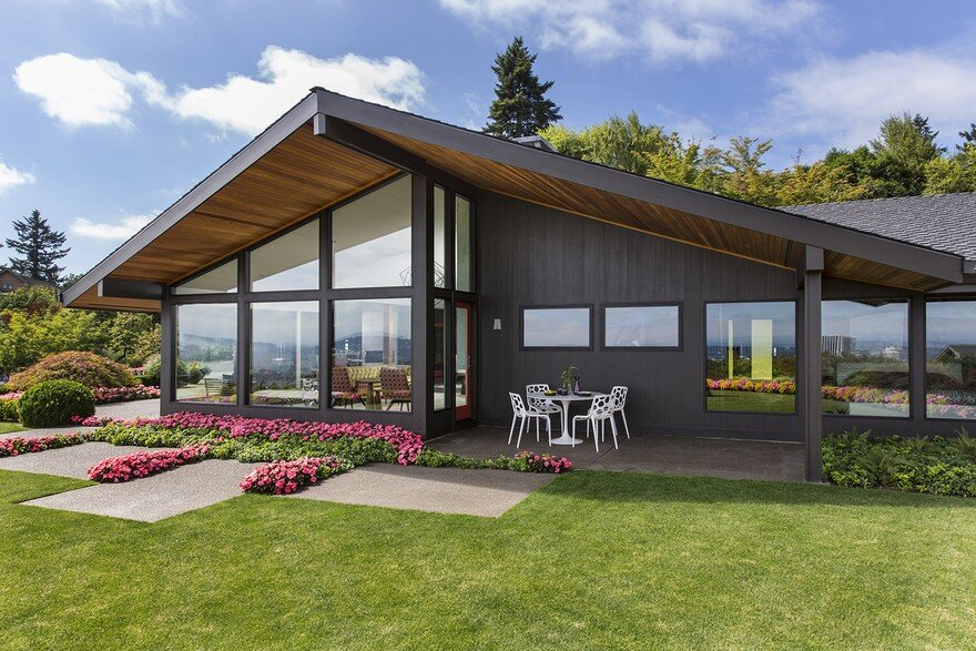 Myrtle House: 1957 Mid-Century House Remodeled by Giulietti Schouten Architects