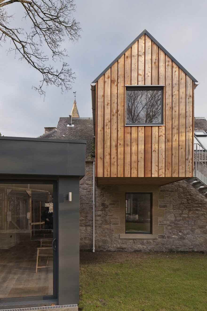 Newbattle house extension of a 19th century stable block for Rural design homes