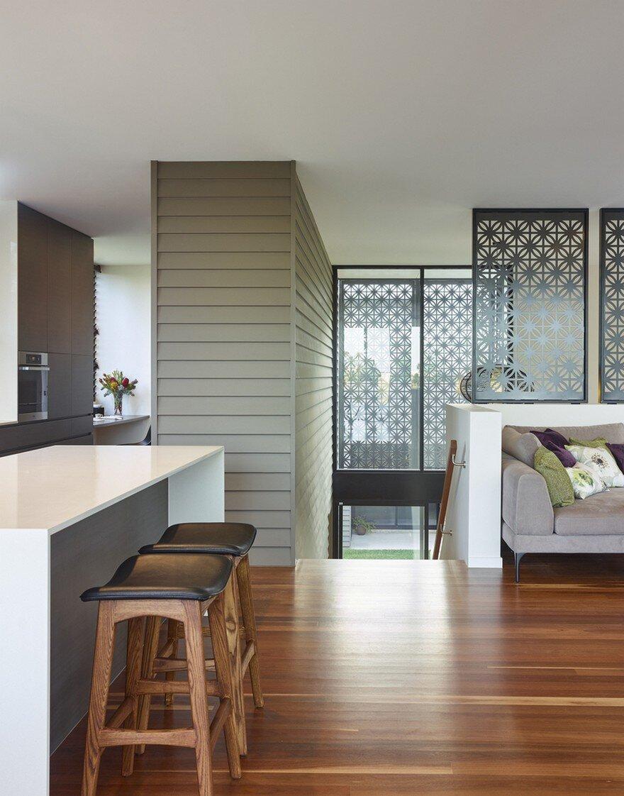 Remarkable Design Shaping Modern House In Gold Coast Australia 7